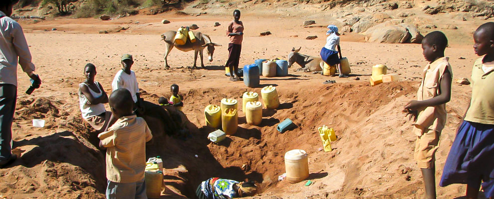 Kenia, Dürre, Katasrophe, Lebensmittel, Krise, Helfen, Spenden, Not, Wasser